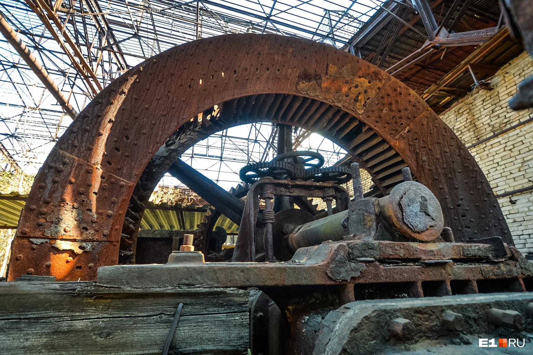 Эта гидротурбина носит романтичное имя Жерарда. Сооружение XIX века приводило в действие прокатный стан до 40-х годов XX века
