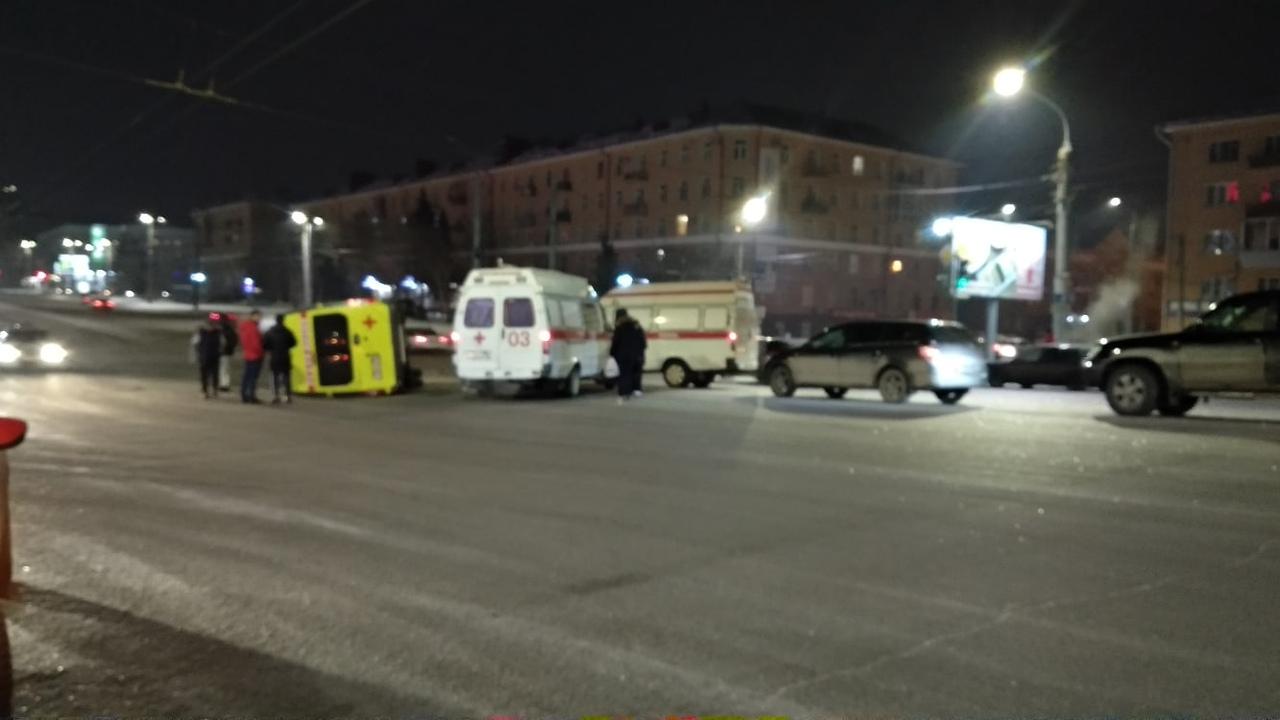 Авария произошла сегодня, 9 января, после полуночи