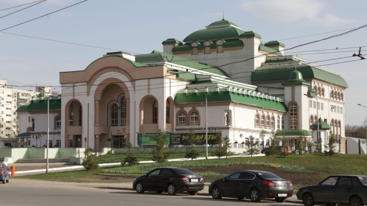 У уфимского театра «Нур» в честь посадки новой аллеи устроят праздник