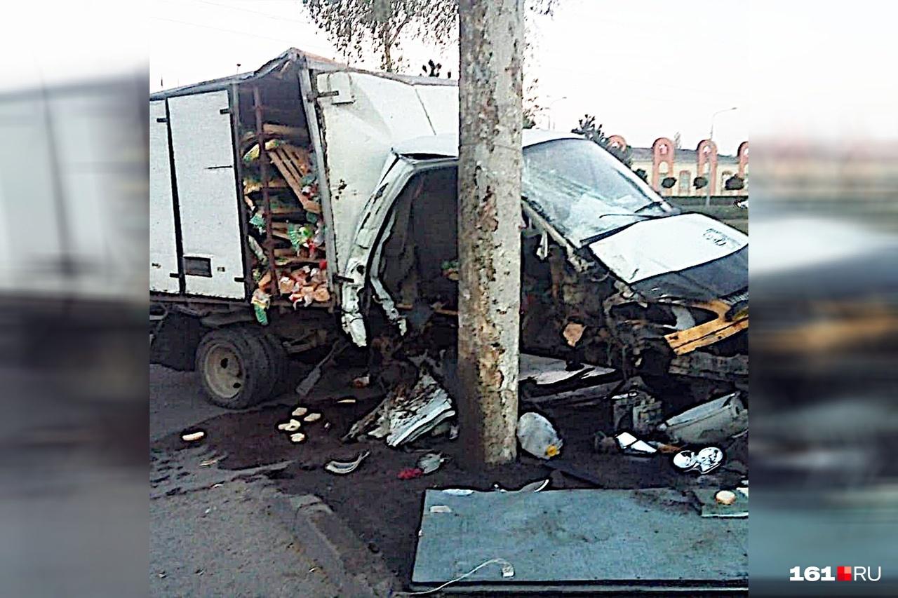 Машина получила сильные механические повреждения