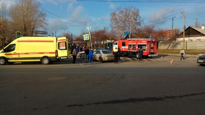 Серьезная авария на Шахтеров: водитель «Карины» пытался уйти налево и угодил под встречное авто