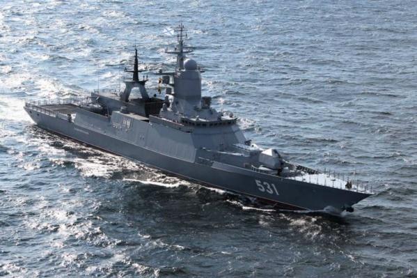 Сейчас в Азовском море находится 40 судов ВМФ России
