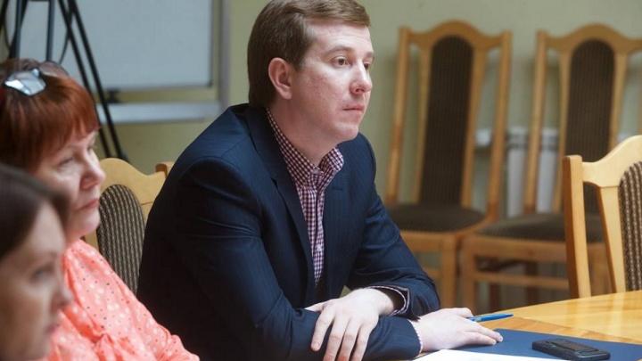 Депутат Заксобрания попросил прокурора найти «повисшие» долги красноярцев и простить их