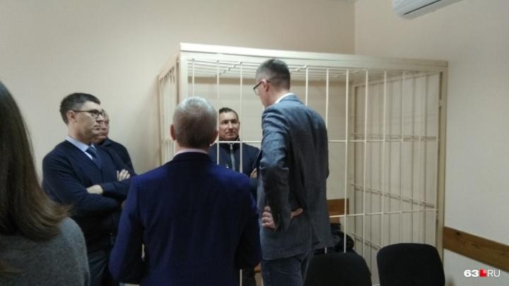 «Заключил фиктивный договор»: бывший топ-менеджер «Прогресса» останется в СИЗО до июля
