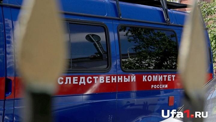 В Уфе под окнами обнаружили тело 45-летней женщины