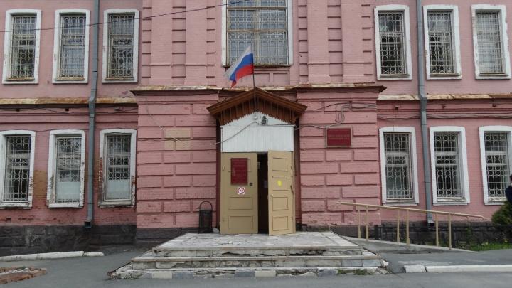 «Не понимала, что за документы подписывает»: как на Урале ветерана ВОВ оставили без жилья и денег