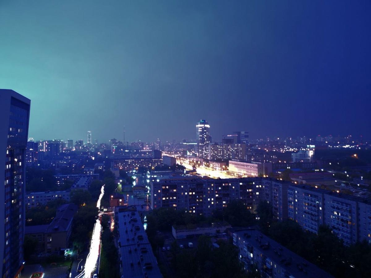 Красота бушующей непогоды: собираем фото грозы в режиме онлайн