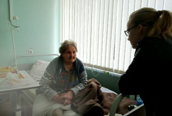 «Внук забирал пенсию»: в Березниках одинокая бабушка девять месяцев живет в больнице