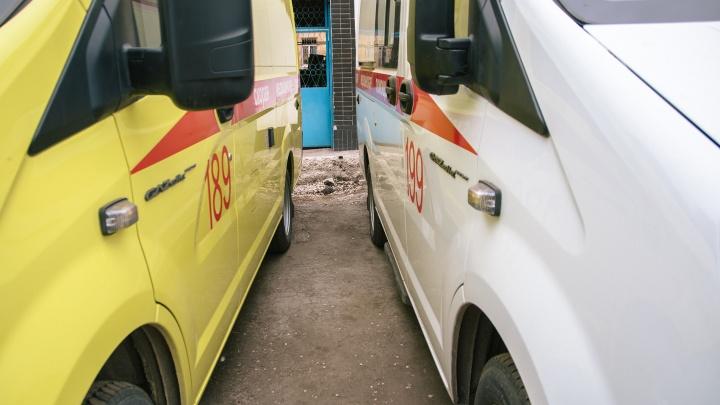 В Самарской области трое мужчин разгромили подстанцию скорой помощи