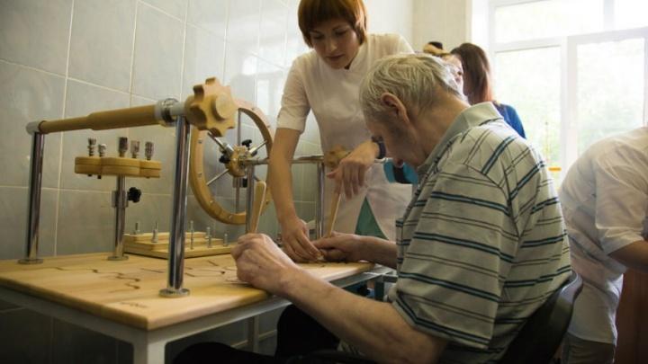 По болезням мозга — танцем и искусством: в областной клинической больнице Архангельска откроется нейродом