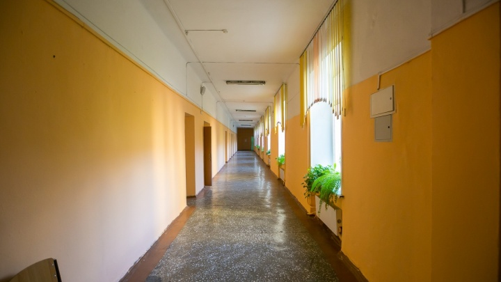 В красноярских школах ужесточают пропускной режим. Что изменится