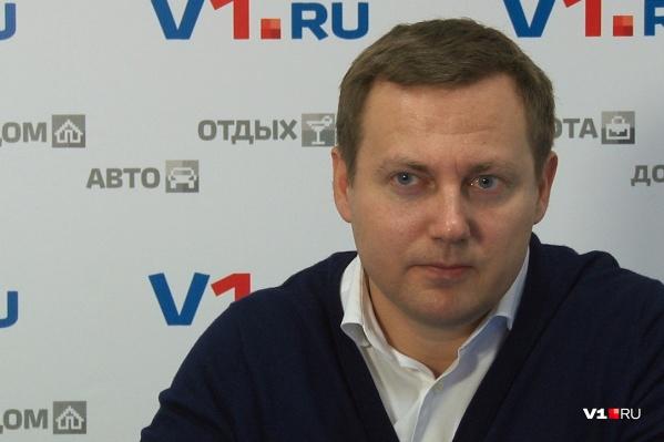 Роман Гребенников называет странное покушение на Андрея Бочарова инсценировкой