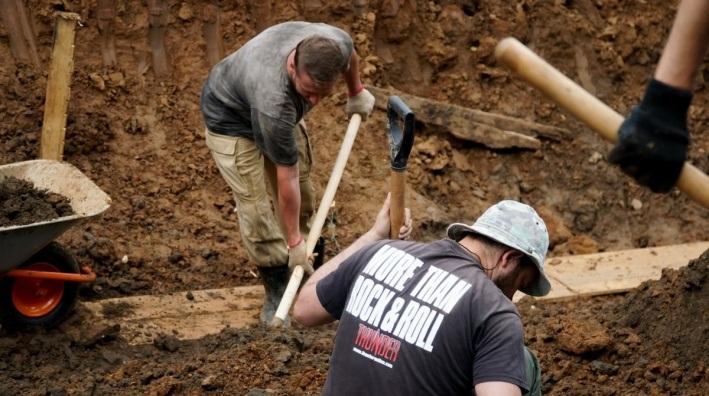 «Шанс попасть в историю». В Перми ищут волонтеров для откапывания трогонтериевого слона