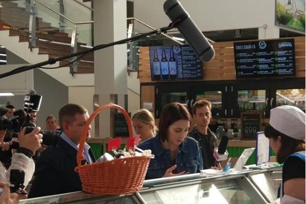 Ведущая «Ревизорро» Настасья Самбурская пришла с проверкой на рынок «Михайловский»