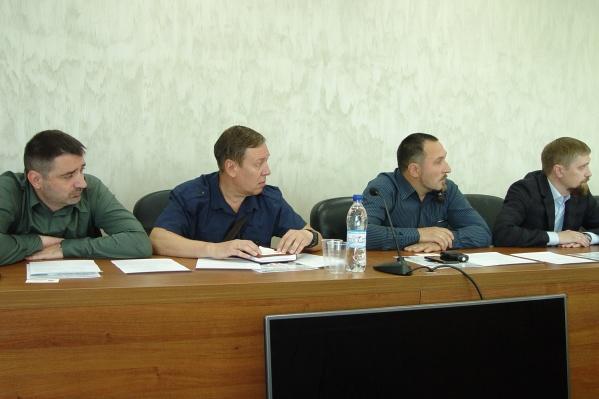 Предприниматели пришли на встречу с бизнес-уполномоченным, чтобы разрешить вопросы, обозначенные ими в публикации 29.ru