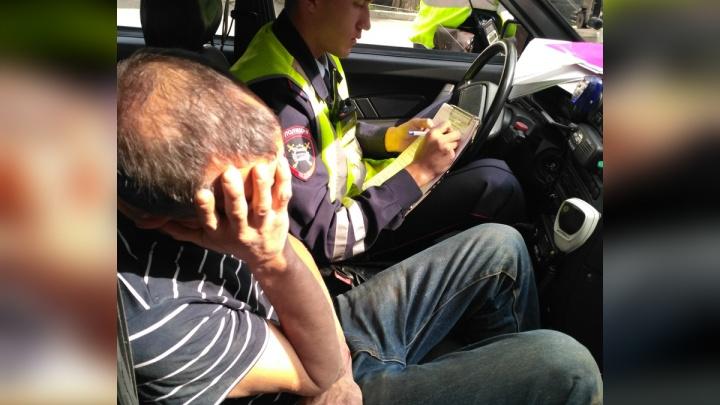 Погонял в выходной: военная полиция задержала пьяного маршрутчика