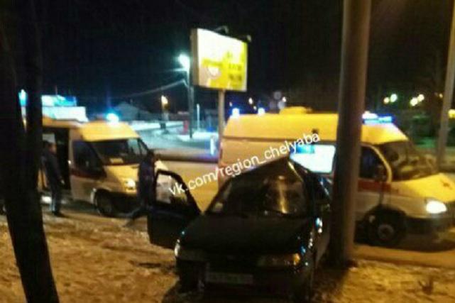 По словам очевидцев, водитель и пассажир были пьяны