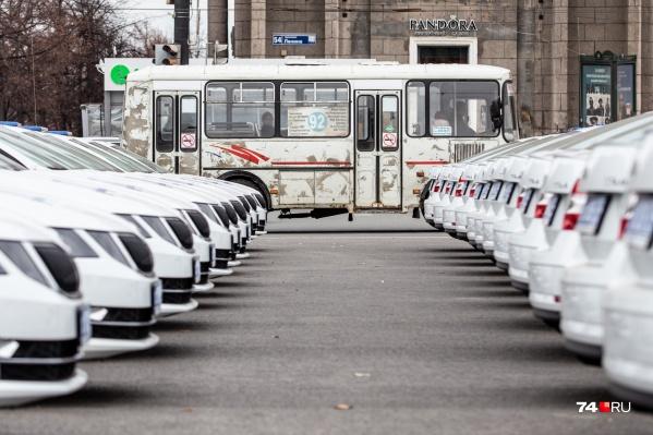 Челябинские полицейские будут ездить на новыхSKODA Octavia, а простые горожане — пока на ржавых пазиках