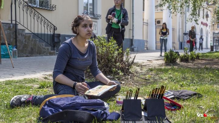 «Чтобы меньше людей уезжали из Волгограда»: десятки горожан нарисовали улицу Мира