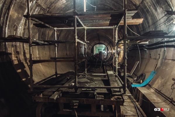 Коллектор для коммуникаций по конфигурации похож на тоннель для метро