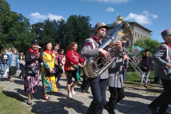 Променад с оркестром будут устраивать в Ростове по субботам