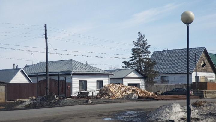 Пожизненное лишение свободы назначили мужчине за убийство семьи бывшего полицейского из Петухово