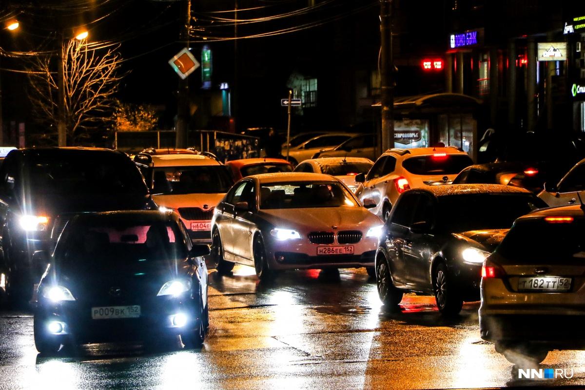 Нижний Новгород сковали пробки