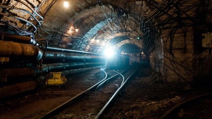 В Свердловской области обрушилась шахта. За завалами остался один рабочий