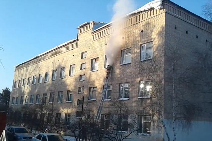 После нападения на школу было госпитализировано семь человек