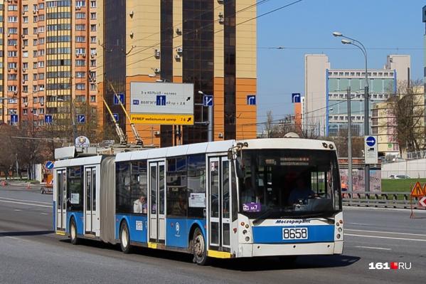 Такие большие троллейбусы ходили в Ростове в 1992–2002 годах