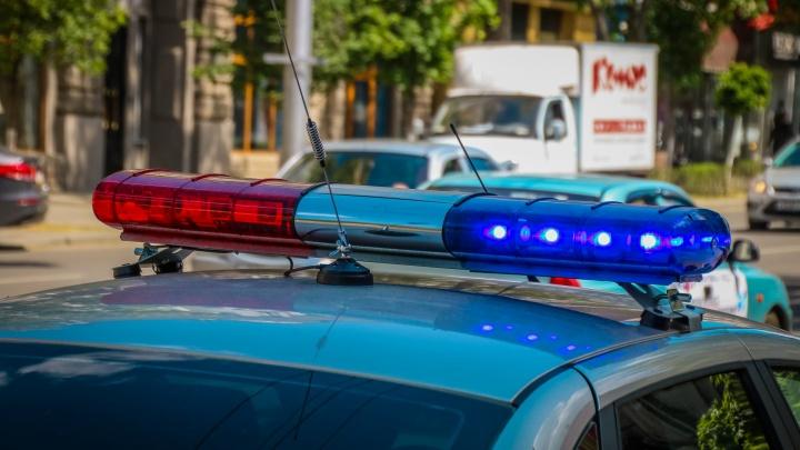 Выехал на встречную: В Азовском районе столкнулись два легковых автомобиля
