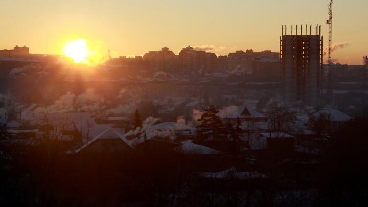 В омском воздухе нашли превышение ПДК этилбензола и сероуглерода
