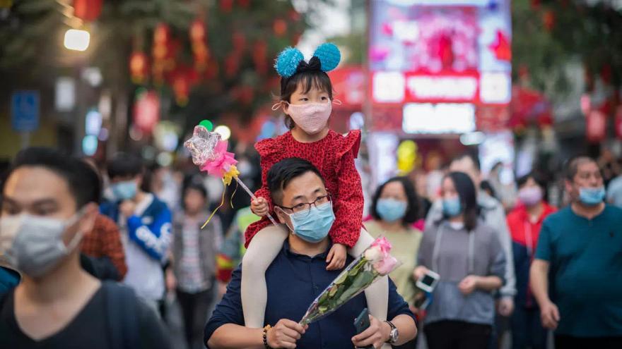 «Да, это пропаганда, но она оправданна»: как китайцы встретили Новый год в стране, охваченной эпидемией