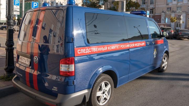 В Ростовской области задержали подростка, напавшего с обломком асфальта на таксиста
