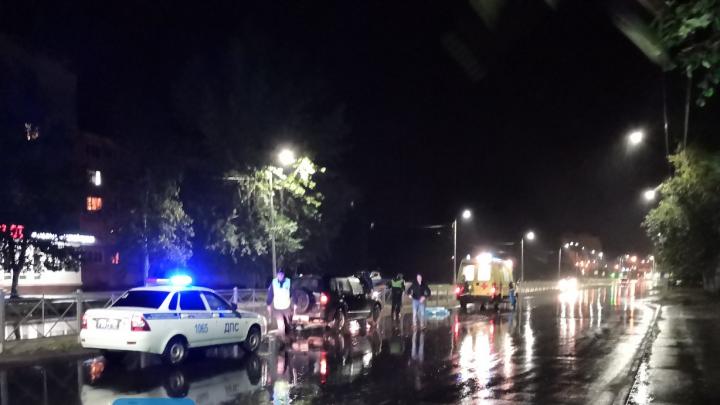 На Морском проспекте в Северодвинске под колёсами иномарки погибла женщина