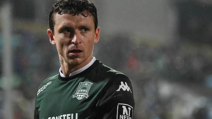 Футболист Павел Мамаев прилетел в Ростов