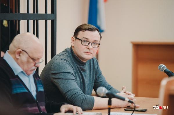 Дмитрий Ереемеев выплатил родственникам погибших водителя и пассажира такси более трех миллионов рублей. В суде они заявили, что простили виновника смертельной аварии