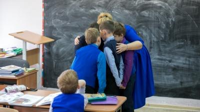 Чтоб не дергали за косы: в школе на «Пашенном» вводят раздельное обучение для мальчиков и девочек