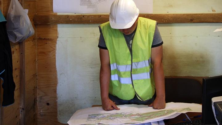 Инженерам-строителям в Красноярске предлагают самую большую зарплату в Сибири