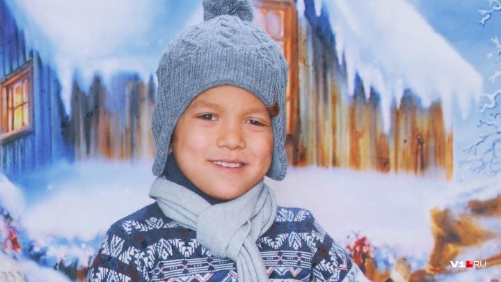 «Скорая ехала больше часа»: под Волгоградом упал на ровном месте и умер восьмилетний мальчик