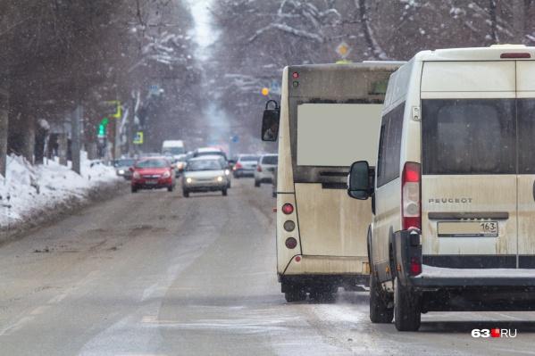 О выделении полос для автобусов просят горожане