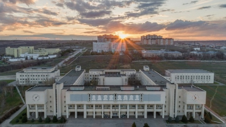 Министерство образования РФ повысило проходной порог при поступлении в вузы Волгограда