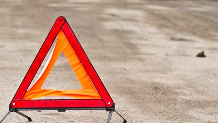 20-летний водитель насмерть сбил мужчину в Старом Кировске