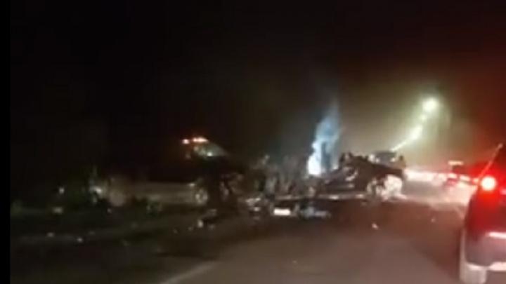 Страшная авария под Волгоградом: обгонявший пикап убил семью с двумя детьми