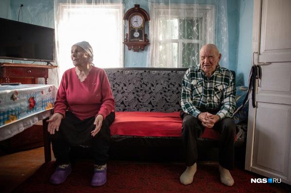 Антонина Михайловна и Владимир Семёнович родились и выросли в деревне Малоирменка Новосибирской области