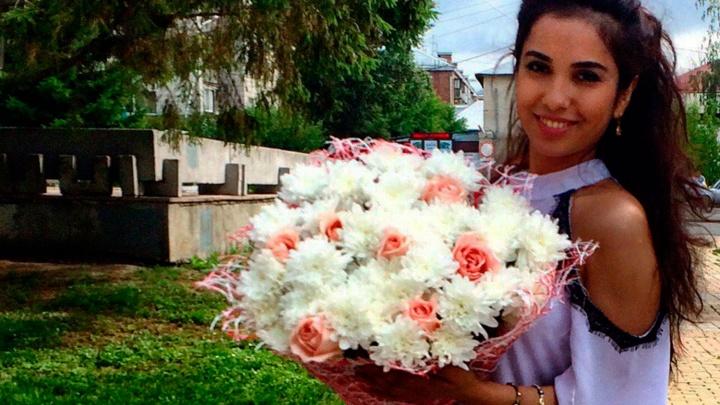 Студентка НГУ из Узбекистана снялась для ролика «Золотой короны»