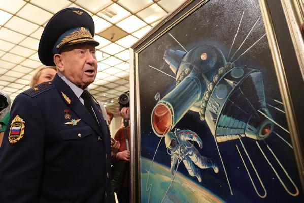 За заслуги космонавту дважды присвоили звание Героя СССР