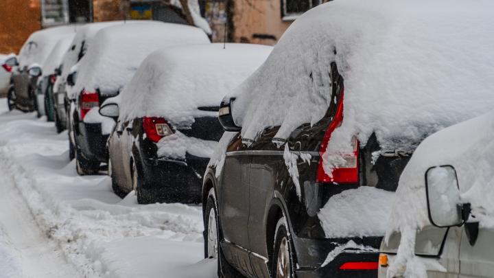 МЧС Прикамья предупредило о налипании снега на проводах