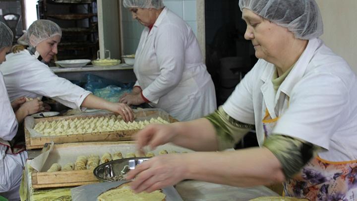 Руководителя хлебозавода в Челябинской области наказали за долги по зарплате на два миллиона