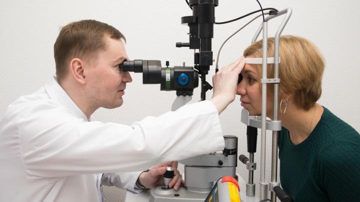 «Мы видим не глазами, а мозгом»: врачи — о частых зрительных патологиях в разном возрасте
